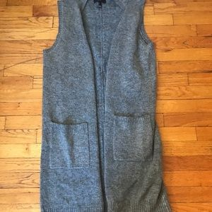 Long, cozy vest! Worn twice